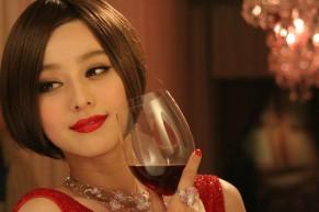 Tác dụng làm đẹp da đến bất ngờ của rượu vang