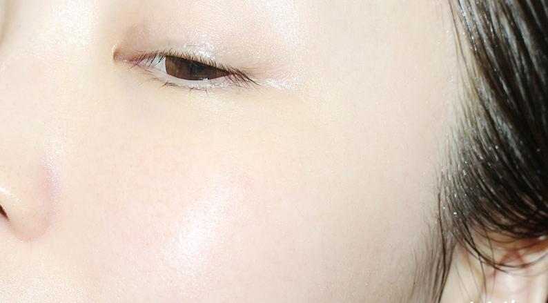 Phụ nữ Nhật xài 1/2 viên này mỗi ngày, sạm da, lỗ chân lông to, thâm đến mấy cũng bay sạch, mụn nám chẳng ngại chi, da mịn như em bé sau 1 tuần