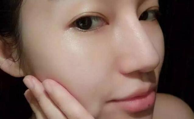 Bí quyết của phụ nữ Nhật: Chỉ thoa hỗn hợp này 1 lần/tuần, da trắng mịn và căng mọng như em bé