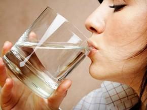 Bác sĩ dặn: Uống nước theo cách này tốt gấp trăm lần nhân sâm, thuốc bổ