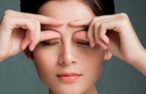 Massage mặt hằng ngày và những lợi ích
